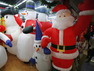 santa_20111205131026_640_480-10195