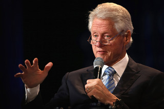 Former Pres. Clinton speaks at UFW event