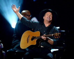 Garth Brooks channel coming to SiriusXM