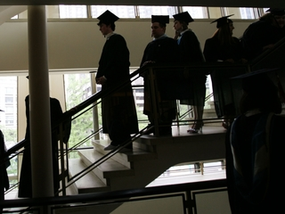 Gov: Students can apply earlier for college aid