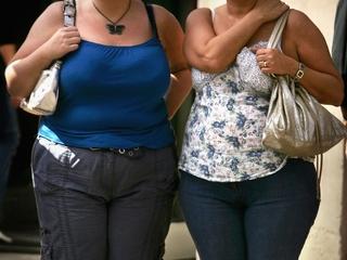 Study: Short men and obese women make less money