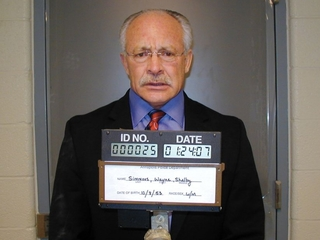 Man accused of faking CIA ties enters plea deal