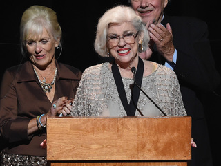 Country music Hall of Famer Bonnie Brown dies