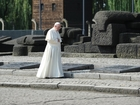 Pope Francis makes silent trip to Auschwitz