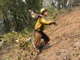 Calif. homes threatened by 2 major wildfires