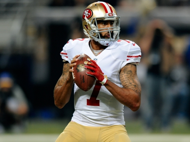 Some military vets tweet support for Kaepernick's protest