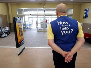 Walmart not hiring extra workers for holidays