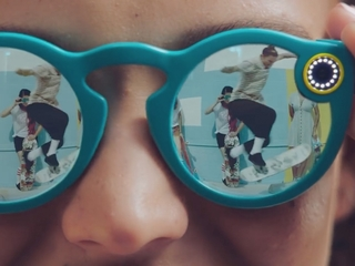 Snapchat introduces Spectacles video sunglasses