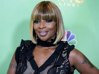 Blige, Clinton interview clips face ridicule