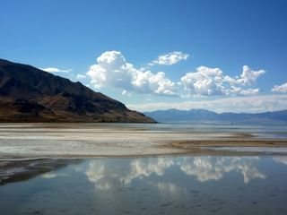 Great Salt Lake at lowest recorded water level