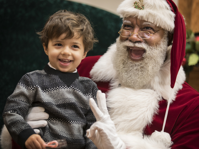 Greenwood Park Mall opens early for Caring Santa visits