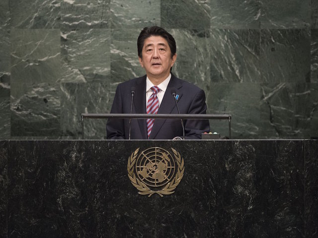 Japanese leader Abe to visit Pearl Harbor with Obama