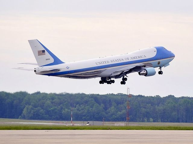 Plane in Air Force One fleet was at risk of catching fire