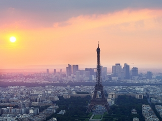 France bans free refills on soda