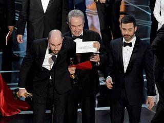 'La La Land' mistakenly crowned winner at Oscars