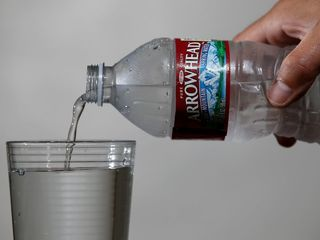 Bottled water more popular than soda in US