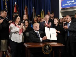 Trump signs EO to improve VA accountability