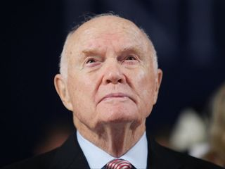 Report: John Glenn's remains were disrespected