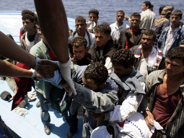 Migrant influx to Europe exceeds 100000 this year