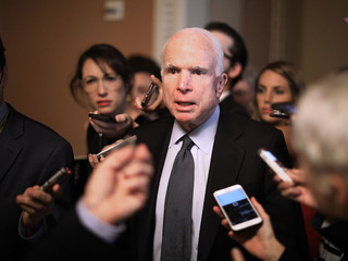 McCain joins Dems in rejecting Obamacare repeal