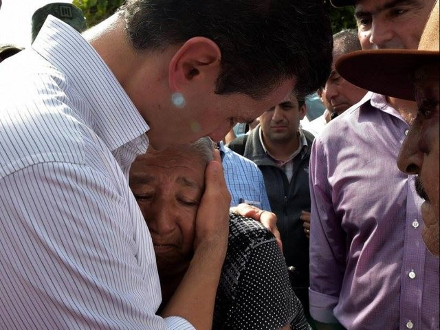 Mexico mourns 66 dead after twin punch of quake, hurricane
