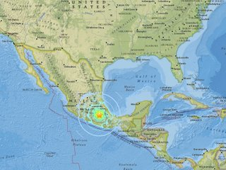 7.1 earthquake hits southeast of Mexico City