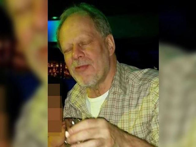 Girlfriend of Las Vegas gunman arrives in US