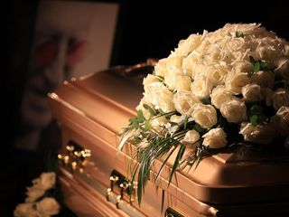 Wrong body buried after coroner's mistake
