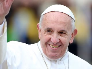 Pope condemns terrorism in Eater Sunday Mass