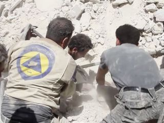 Syrian volunteers have a very dangerous job