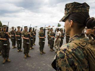 Nude photo scandal goes beyond Marines