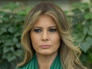 Melania Trump, Daily Mail settle libel lawsuits