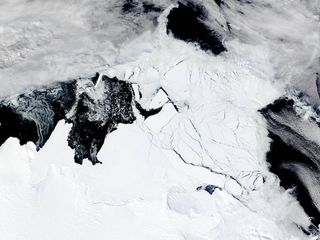 A strong El Niño event melted Antarctic ice