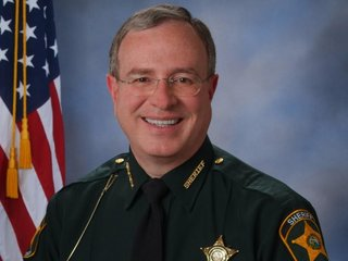 Fla. sheriff to check for warrants at shelters