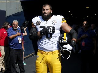 Steelers player apologizes after anthem 'ordeal'