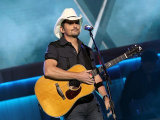 CMA Awards tried to ban political questions