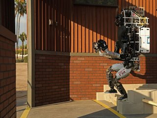 Bipedal robots got a lot less clumsy in 2017