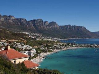 Cape Town gets rain amid 3-year drought