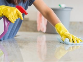 Cleaning chemicals cause decreased lung function