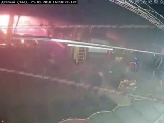 Witnesses: Exits blocked amid deadly mall fire