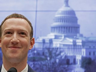 Facebook sees revenue rise despite scandals