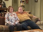 ABC greenlights 'Roseanne' spinoff
